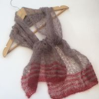 Mohair lace scarf in Taupe with red stripes