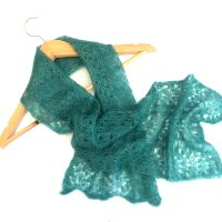 Mohair lace scarf in green