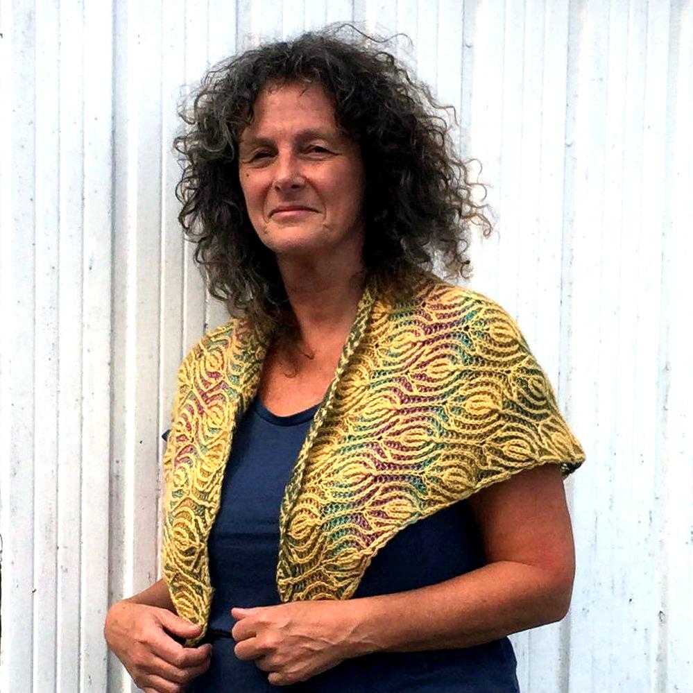 Trollius shawl pattern