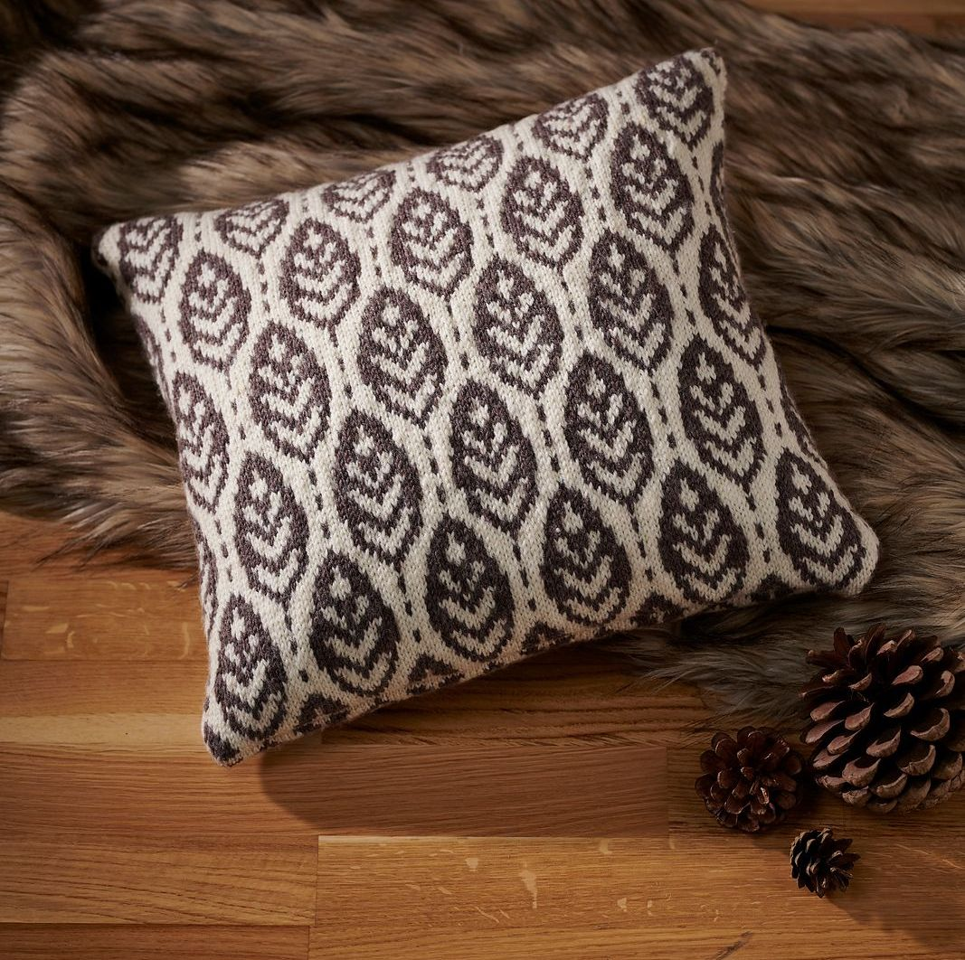Lorien Cushion Knitting Pattern