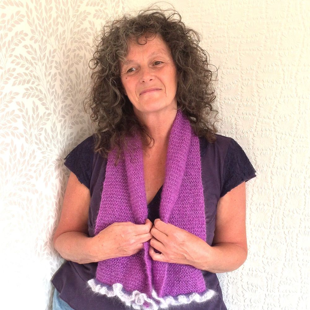 Lilac Mohair scarf with frilly edges