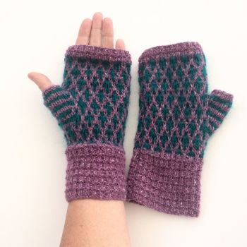 Lilac & Turquoise pattern fingerless gloves