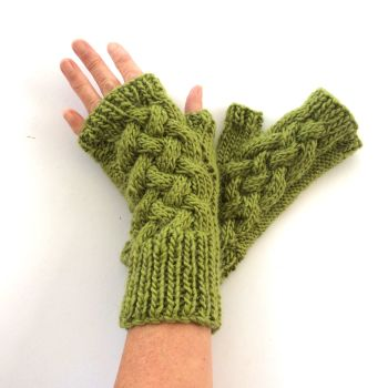 Green cable wool fingerless gloves