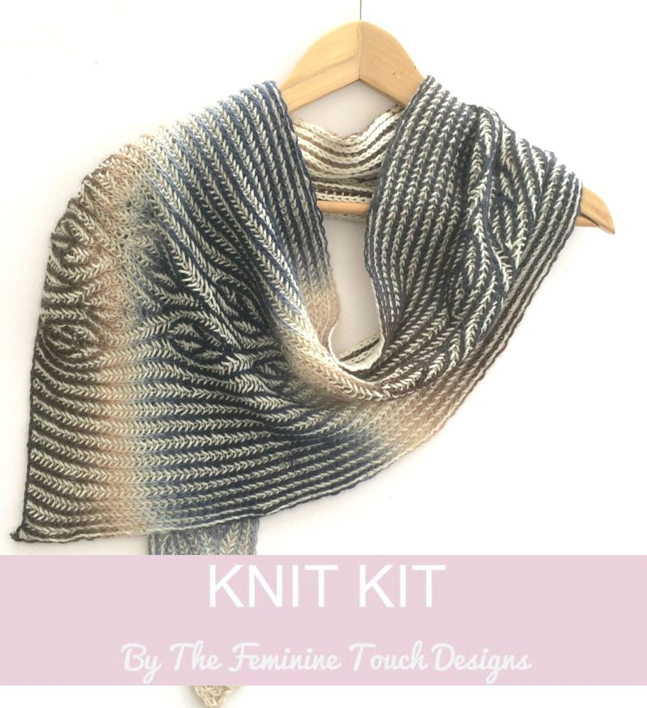 Poison Ivy scarf knitting kit