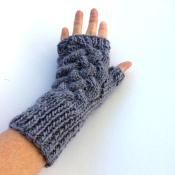 light purple cable wool fingerless gloves