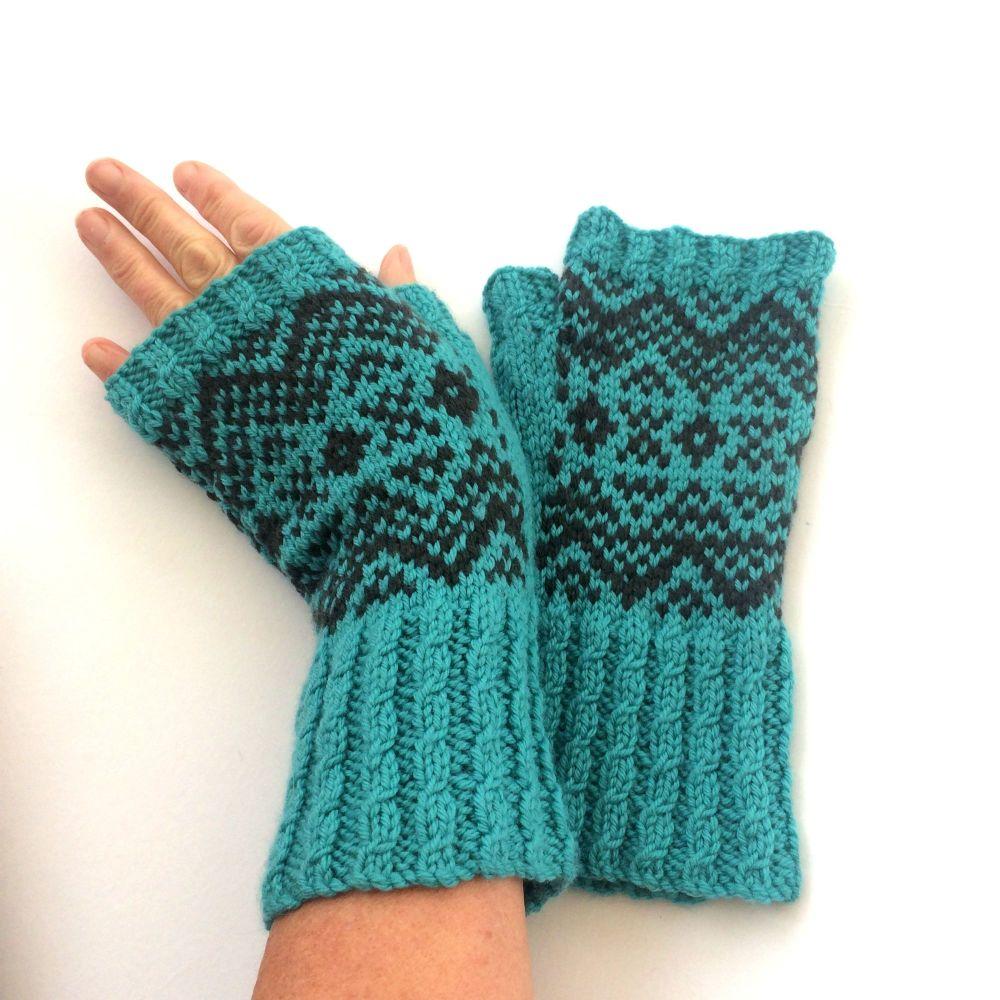 Teal Blue 100% wool Fingerless gloves