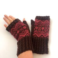 Brown 100% wool Fingerless gloves