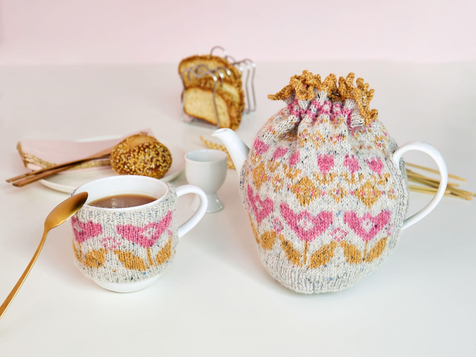 Tea cosy set