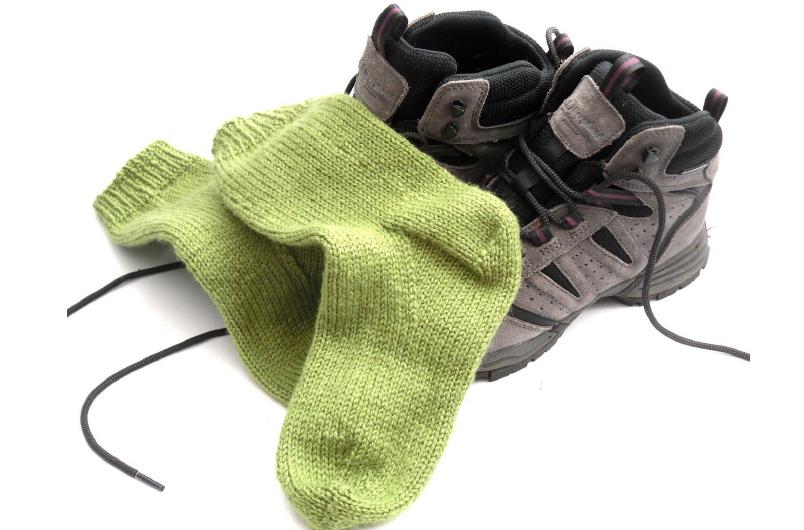 easy knit socks