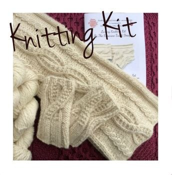 Chunky Alpaca Cable scarf & gloves knitting kit