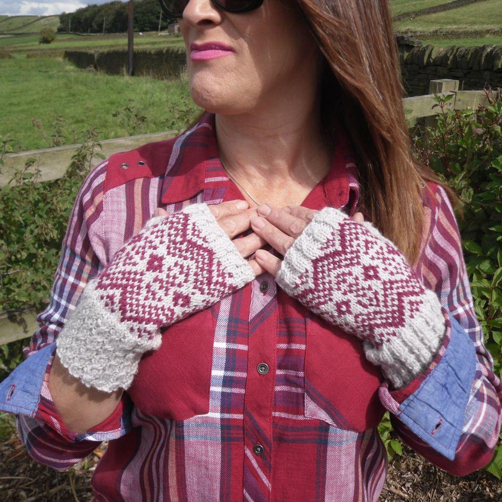 Fair Isle Fingerless Gloves Knitting Pattern