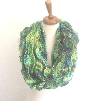 Flowery Infinity Scarf Knitting Kit