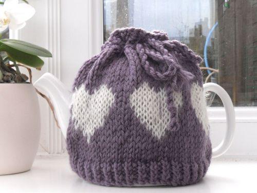 Handknit hearts Tea Pot cosy