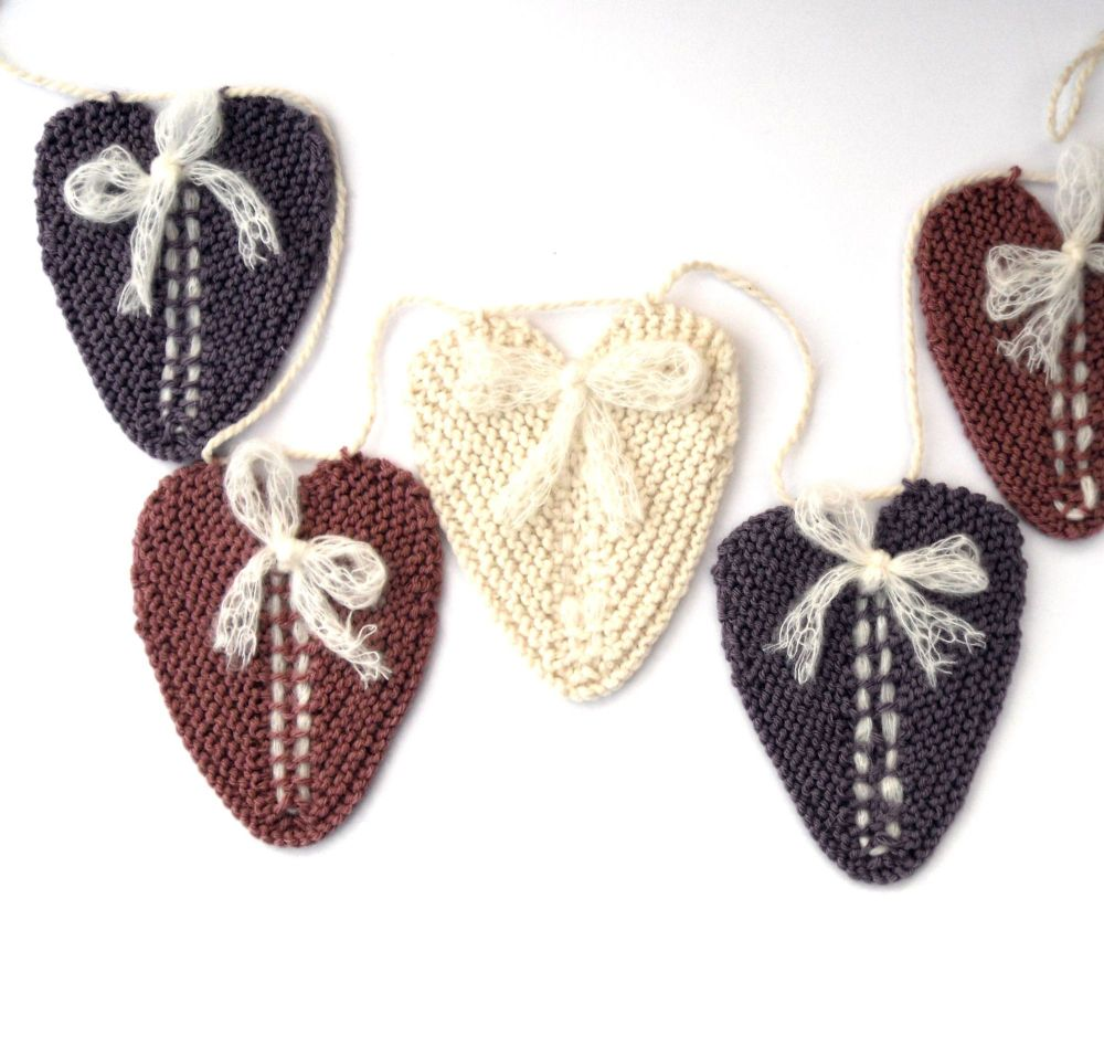 Pastel hand knit bunting