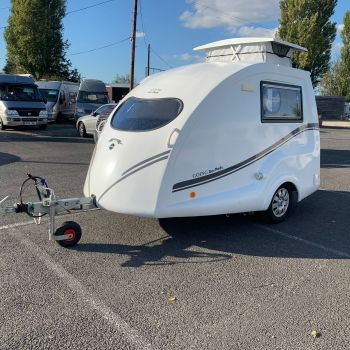 Well maintained 2017 PLUS model Go-Pod with added extras - just £10,995.00!