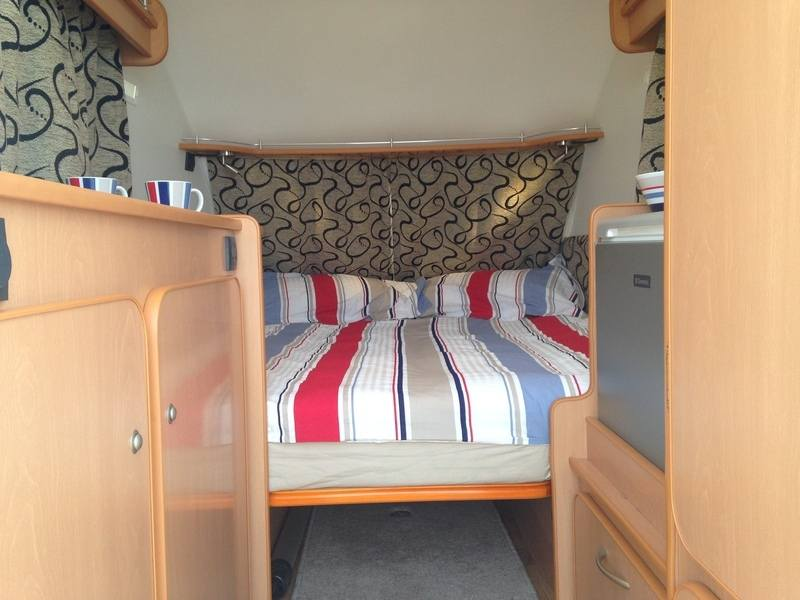 Bed 4 Storage Or Pet Area Beneath Www Go Pods