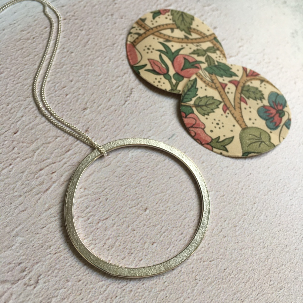 Large Paper-Printed Irregular Circle Pendant No.2