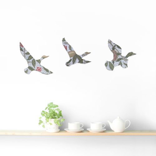 William Morris Wallpaper Wooden Ducks Set (Fruit)
