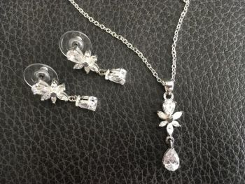Diamante Necklace and Earing Set