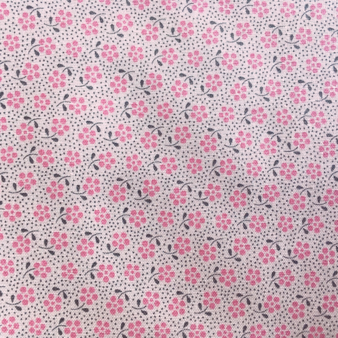 Cotton Face Mask - 118 (picture of fabric used for the mask)