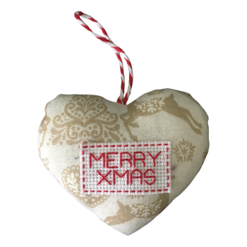 Small MERRY XMAS heart decoration.