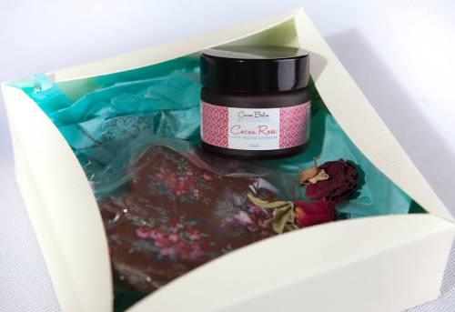 Lip Balm with Chocolate Heart in Gift Box - Juicy Mango
