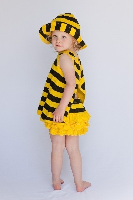 Beautiful Buzzy Bee Summer Beach Hat/ Top/Knickers Set by Noo