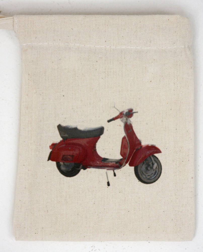 Vespa Scooter (2)
