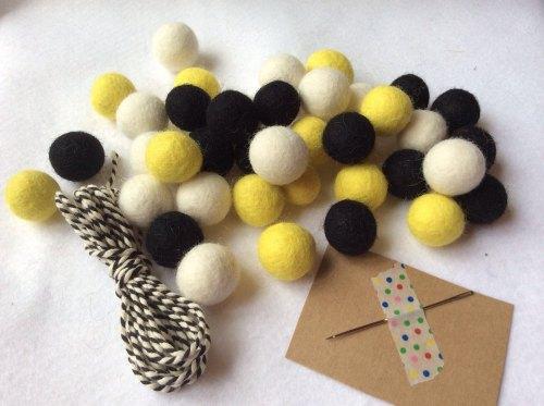 Buzz wool felt ball garland kit