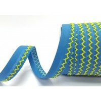 Turquoise and yellow zigzag stitched bias binding