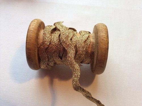 12 mm gold metallic
