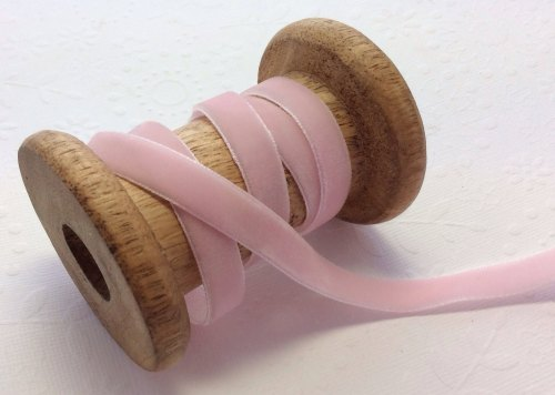 Shell pink 10mm velvet ribbon