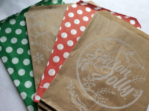 Polka dot and printed kraft 7x9' paper bags