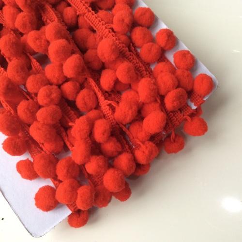 Red 10mm pompom trim
