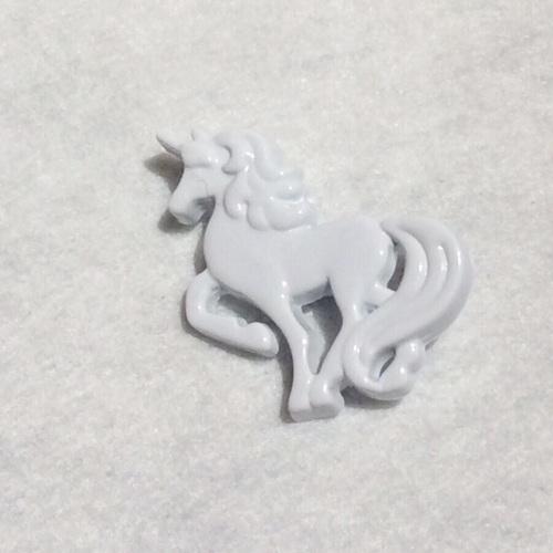 Unicorn button - White