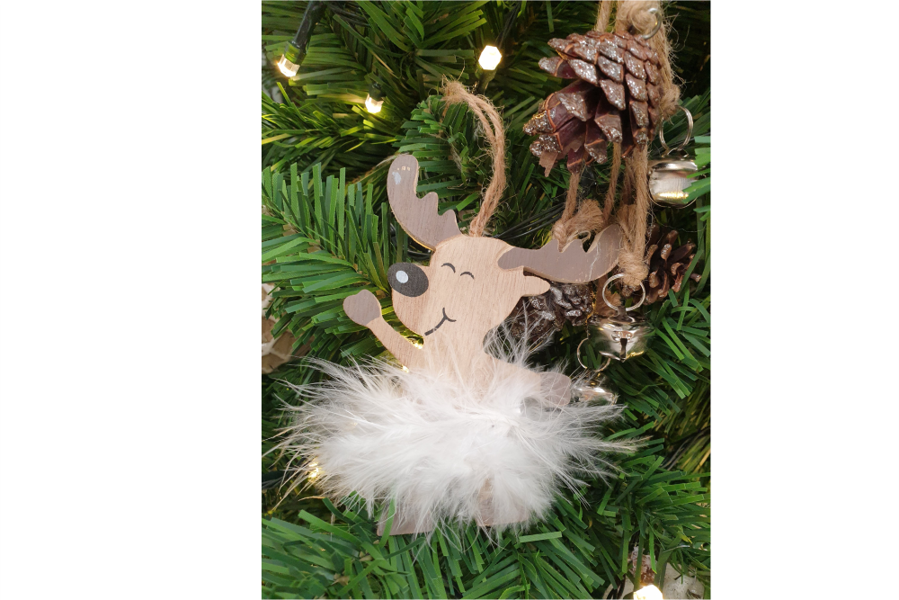 DEER WOODEN WITH FEATHER