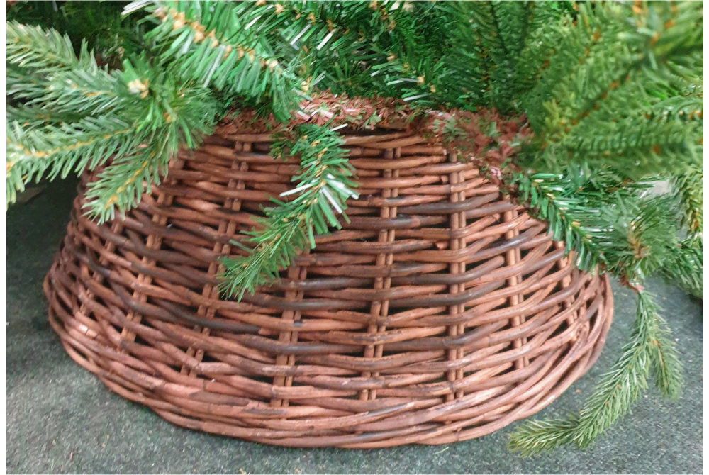 WOVEN TREE SKIRT