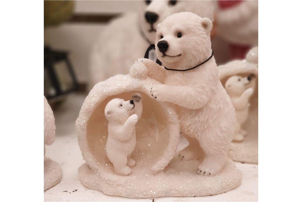 MOTHER/BABY SNOWBALL POLAR BEAR