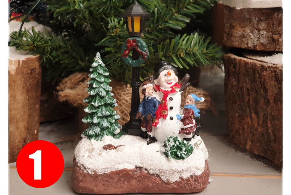 CHRISTMAS SCENERY LAMP AND TREE with leds