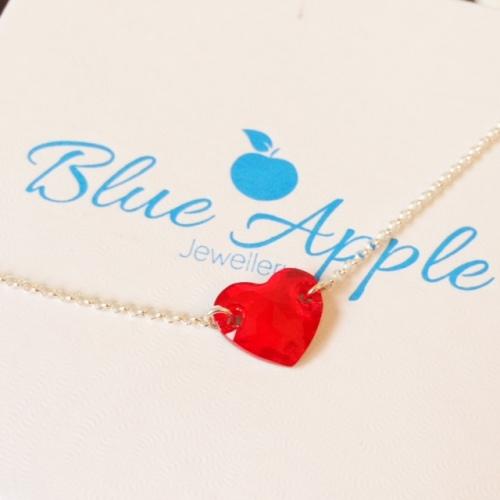 <!--004-->Swarovski Siam Heart Love Token Bracelet