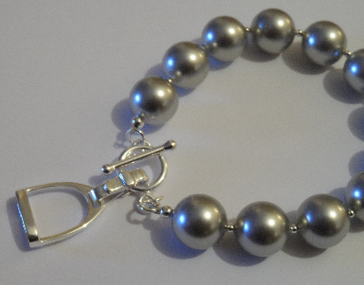 <!--005-->Swarovski Light Grey Stirrup Bracelet
