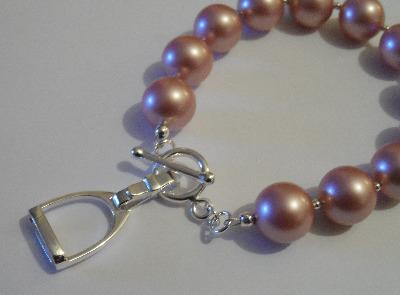 <!--006-->Swarovski Powder Pink Stiruup Bracelet