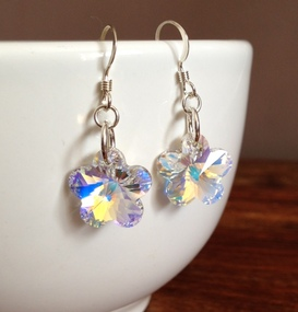 <!--010-->Crystal Flower Earrings