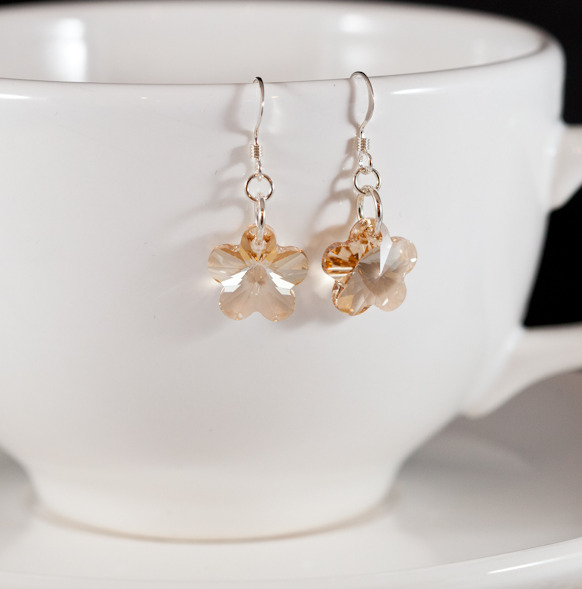 golden shadow crystal flower earrings