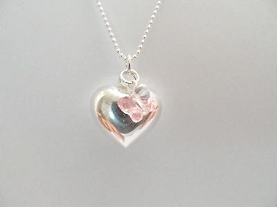 <!--002-->Pink Flutterby Heart Pendant