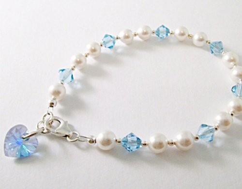 <!--006-->Crystal Months Bracelet (March)