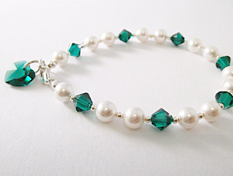 <!--010-->Crystal Months Bracelet (May)