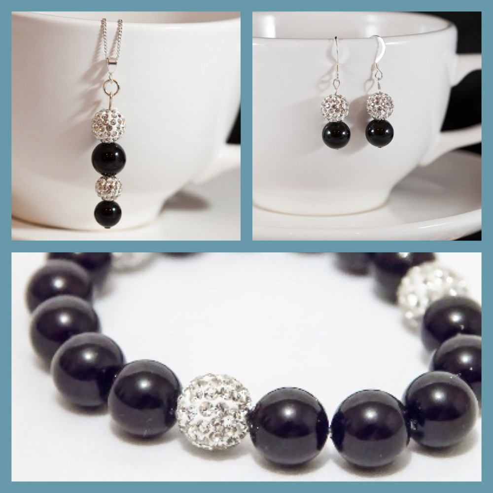 <!--002-->Total Eclipse Jewellery Set