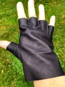 Fingerless Glove Making Thursday 28th October 2021