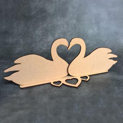 Swan Hearts Freestanding Centrepiece